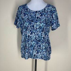 White Stag Blue White Flower Pattern Short Sleeve